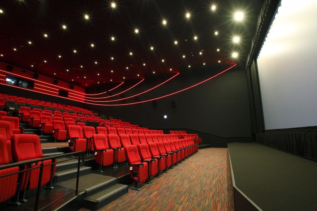 theater02